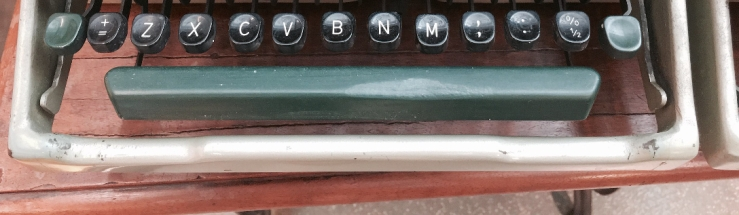 Picture of typewriter keyboard by flickr user Marcin Wichary. Image has been cropped to focus on spacebar.